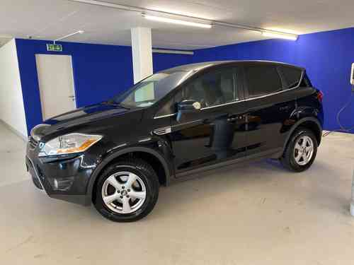 FORD Kuga 2.0TDCi Carving 4WD